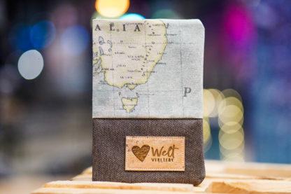Weltverliebt-Reisepass-Huelle-Cover-1