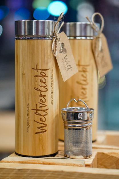 Weltervliebt-Shop-Bambus-Thermosflasche-mit-Teesieb-5