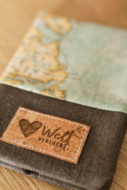 Reisepasshuelle-Weltreise-Reisen-Weltkarte-vintage-1