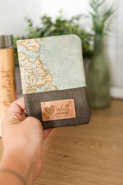 Reisepasshuelle-Weltreise-Reisen-Weltkarte-vintage-2