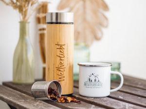 Emailletasse-und-bambusflasche-set